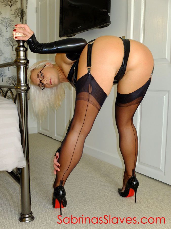 arse worship, pussy worship and face sitting sessions